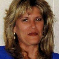 Laura Schultz | Social Profile