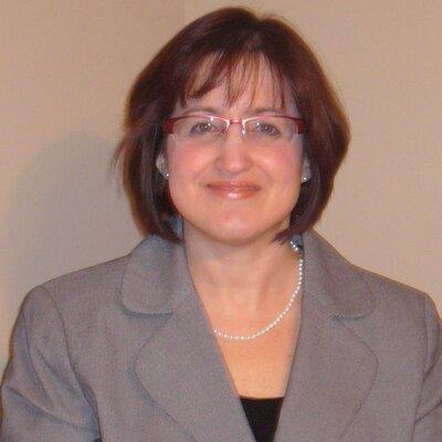Lisa Danielpour   Social Profile