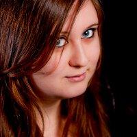 kirstie blake | Social Profile