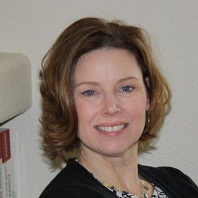 Kimberly Watt Piter | Social Profile