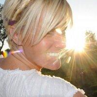 Jeanette Scott | Social Profile