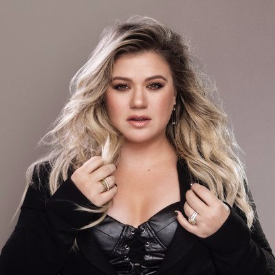 Kelly Clarkson Spain's Twitter Profile Picture