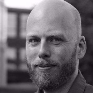 Lars H Nielsen
