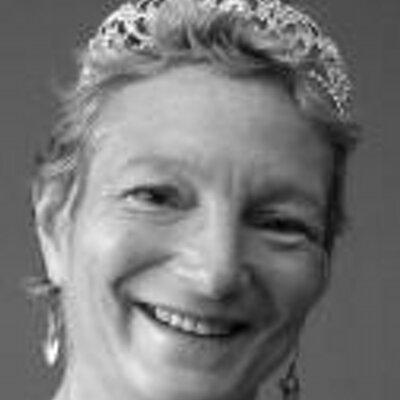 Katie Delahaye Paine | Social Profile