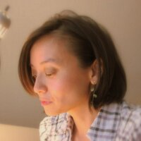 Quynh N.   Social Profile