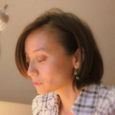 Quynh N. | Social Profile