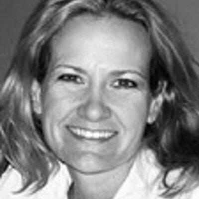 Jennifer Manfre | Social Profile