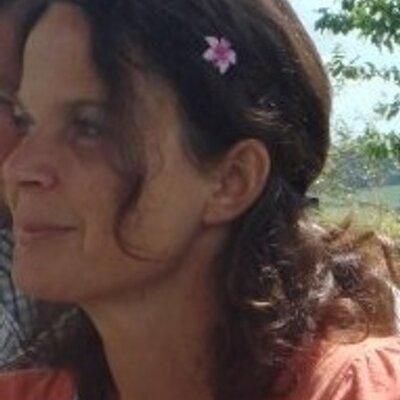 Victoria Richardson | Social Profile