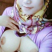 @Jilbabbugil5