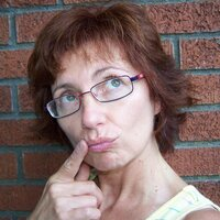 marie popichak | Social Profile