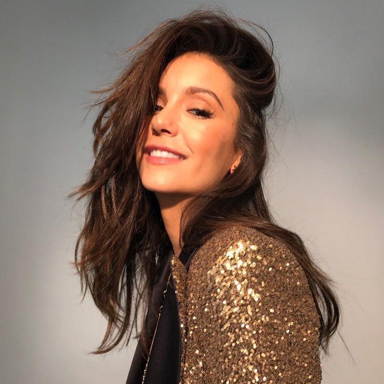 Nina Dobrev's Twitter Profile Picture