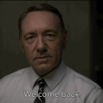 If anyone knows the colors of #TheDress, its Frank Underwood. Let the #HouseofCards season 3 binge-watching BEGIN! http://t.co/iftcmwBhFF