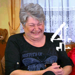 Its going to be a right laugh... #Gogglebox, 9pm. http://t.co/K0CxZ2iW7Z