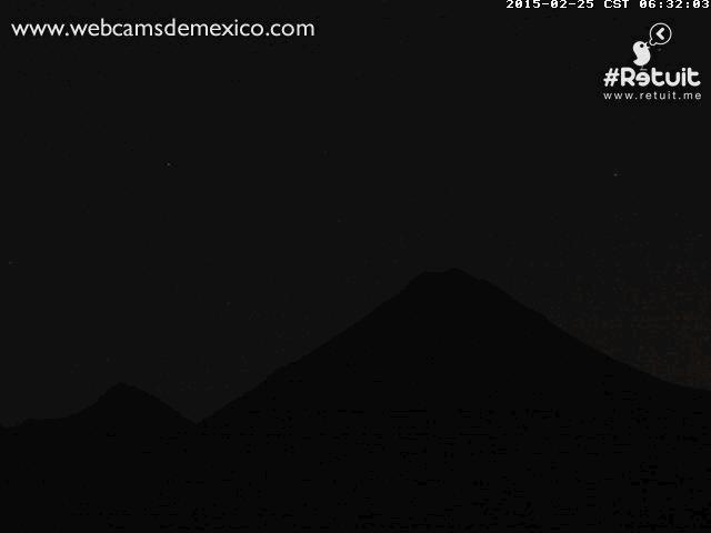 Aimación GIF. Espectaculares explosiones del Volcán de Colima a las 6:33 y 7:23 hrs. http://t.co/artdNj4avH