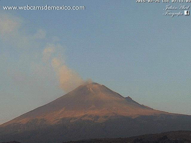 Webcams de México grabó el momento en que el volcán Popocatépetl tuvo una explosión .. http://t.co/LVQuzsU5kL #WebCamsMexico  FernandaF