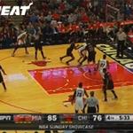 GIF: @YoungWhiteside dunks over the Chicago defense in the 4th quarter http://t.co/EdNOAithE7