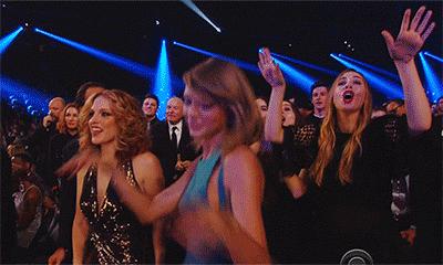 Ella puede bailar todo lo que quiera el resto del mes <3 #GrammysEnTNT •  http://t.co/UBtDplgqMx
