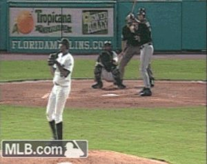 Happy birthday to Dontrelle Willis - the man with the greatest leg kick in MLB history.