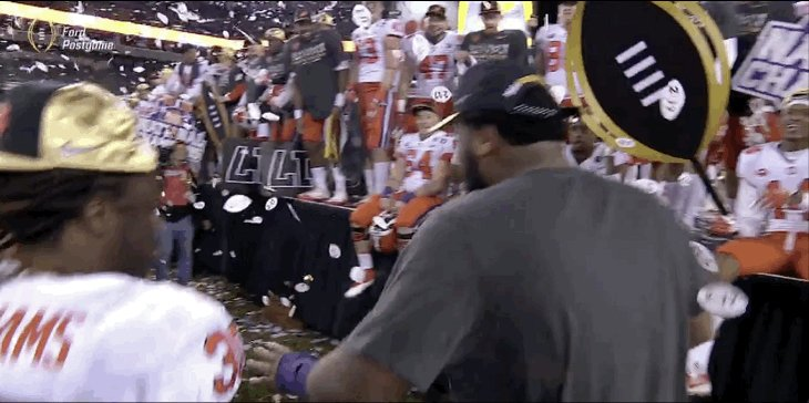When that direct deposit hits the account... https://t.co/mmHTV5zSRB