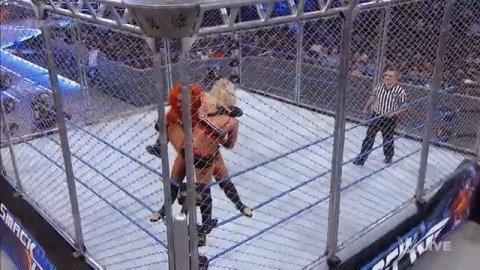 AVALANCHE #BexPLODER by @BeckyLynchWWE!!ONE TWO NOOOO!!#SteelCage #SDLive @AlexaBliss_WWE