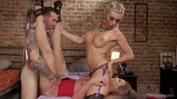 We pop @PMarizzle's first #TS #Threesome cherry with @AUBREYKATEXXX  & @willhavocxxx: https://t.co/nAIvy9KpL8