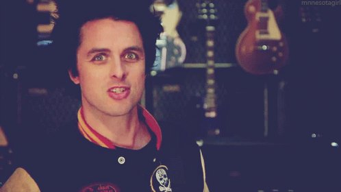 Happy birthday Billie Joe Armstrong! Catch at