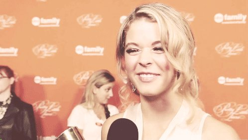 Happy Bday Sasha Pieterse  because you have a best smile in the world