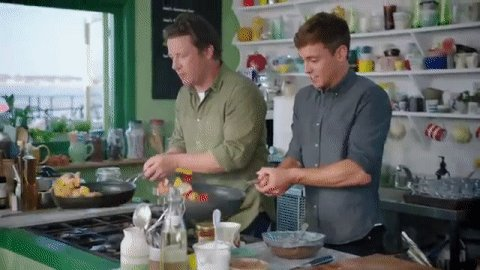 RT @Channel4: This looping gif of @jamieoliver and @TomDaley1994 is strangely hypnotic... #FridayNightFeast https://t.co/GunxzpQueN