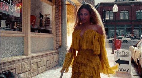 BRITs Awards: @Beyonce wins Best International Female Solo Artist