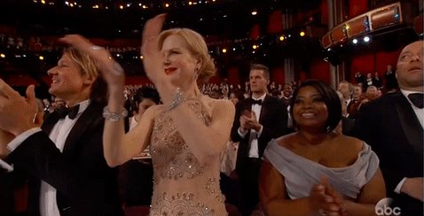 Nicole Kidman is blaming her awkward Oscars clap on her Harry Winston jewelry: