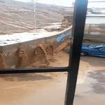 VIDEO: Muro de contención cede por el agua y aplasta auto en Antofagasta→ http://t.co/lWdyqlZNw2 http://t.co/Y19jWcffP3