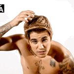 Whos ready to laugh?! East Coast, the #BieberRoast starts now--are you watching?! http://t.co/OMdFH9Kc7C