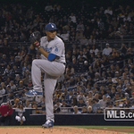 Sometimes your pitches just hypnotize me. #whiff https://t.co/ojwOjUoMhV http://t.co/Q2ZYp4qZgo