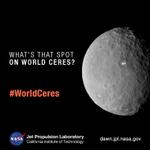 Was steckt hinter den hellen Flecken auf #Zwergplanet #Ceres? Was denkt ihr? Stimmt ab: http://t.co/tQPECaOnRW (SC) http://t.co/gMOBoHQ5iz