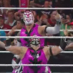 Its the #LUCHADragons vs. @WWELosMatadores LIVE NEXT on @WWE #RAW on @USA_Network! http://t.co/lndSK1s5Zx