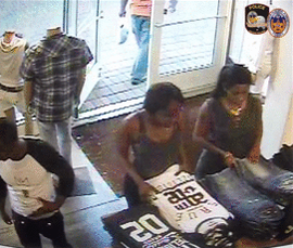 Soooo this happened at True Religion in Grand Prairie http://t.co/aqkskGQ8AI http://t.co/IuIexaXzY5