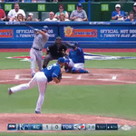Donaldson makes a play on a ball that hits Buehrle http://t.co/4IZmn7y9Fx #BlueJays http://t.co/bNfuCezQxv