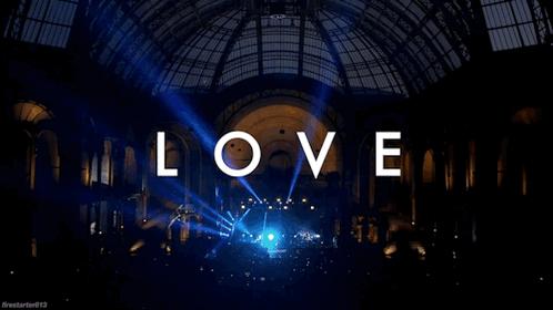 Amor страсть 信念 + RÊVES. http://t.co/qgpmbK1Kwq http://t.co/gQFFw4NIXm