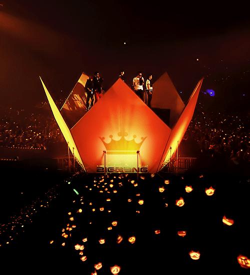 Happy 9th Anniversary and Birthday VIPz & #BI6BAN9!!!  #VIP고객감동9주년 http://t.co/8BxkpU4lKt