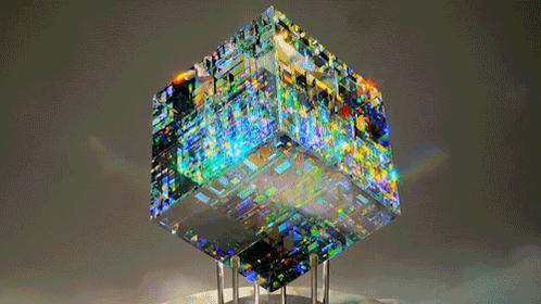 ステキ!心奪われる美しさ(ˊo̴̶̷̤ ᴗ o̴̶̷̤ˋ):*:・☆:・ RT @coodoo: 【職人の頂点】ガラスに「虹を閉じ込めた」ような不思議な彫刻  http://t.co/ZOyKX3SNBV http://t.co/qFcO9TH4fW