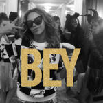 HAPPY BIRTHDAY @Beyonce ???? http://t.co/BqdlDv5kGm #BeyDay http://t.co/Q0e6DLXgzm