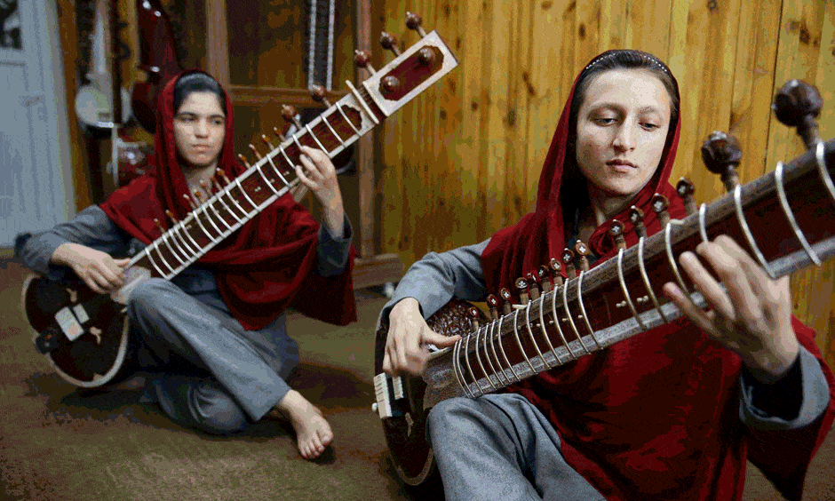 Afghanistan's Music Institute - a Kabul college turning street children into musicians http://t.co/wKMpI2ezsc @souvid http://t.co/VOGgEzpyzc