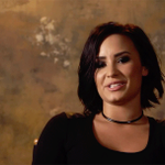 De acordo com o HDD, CFTS já vendeu 707K no US e a Demi irá no programa do GMA no dia 29/10! #WatchConfidentOnVEVO http://t.co/cbI9pgNvNk