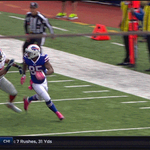 Giants Devon Kennard wrestles the ball away from Charles Clay and gets the pick in Buffalo http://t.co/F47IrBUO14