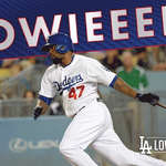 Howieee! Three-run home run makes it 13-7 Mets in the ninth. No outs. #LetsGoDodgers http://t.co/ji4aqA2A5J