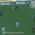 El día que debutó Chino Recoba en el Inter hizo esto...Buen tweet retro de @90sfootball. https://t.co/hcH131Jftv