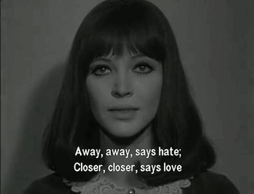 Closer, closer. #Paris https://t.co/tX801IUQ1U