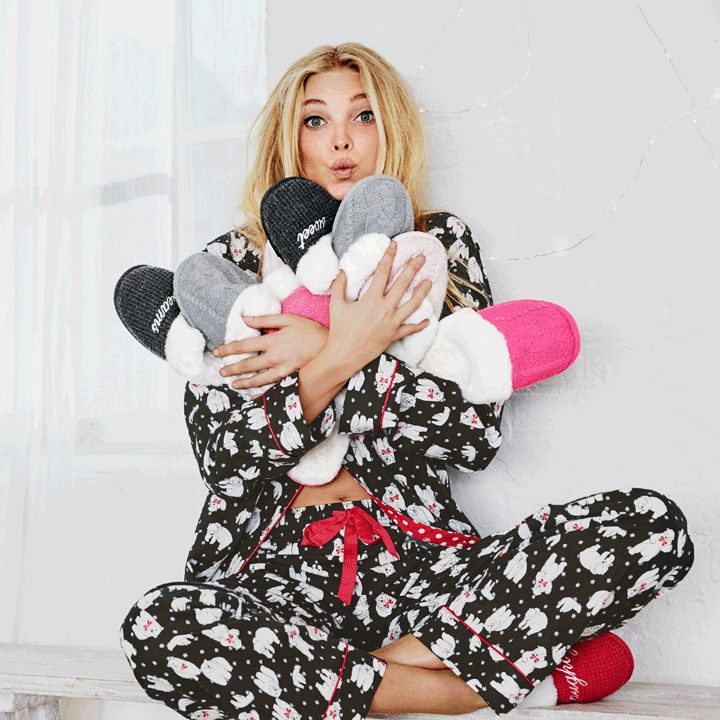 Free slippers in the air (like you just don't care) ????! Get 'em w/ every most-loved PJ: https://t.co/AOTTEVwxdB https://t.co/N05GTVd249