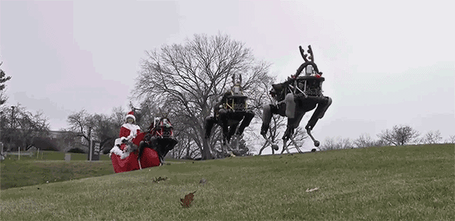 .@BostonDynamics' robo-dogs pulling Santa's sleigh is a terrifying glimpse of the future https://t.co/9N0ExR5M8l https://t.co/9IMUjPgDpx