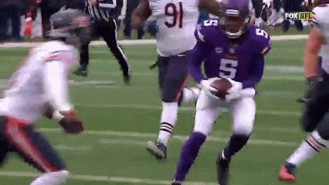 Teddy Bridgewater goes airborne for the rushing TD #vikings #moxie https://t.co/LXf68BOShW https://t.co/OLiO4FUJ5Q